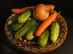 Заготовка огурцов с морковкой - рецепт