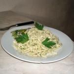 Спагетти под рыбным соусом с пармезаном - рецепт блюда и фото