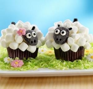 Как выглядят блюда в виде овечек - сладкое, капкейк