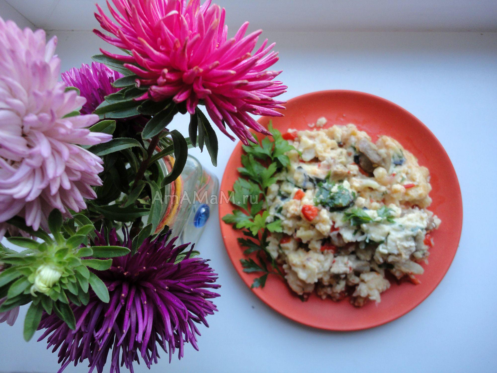 Цветная капуста со свининой, сладким перцем и помидорами - рецепт приготовления и фото