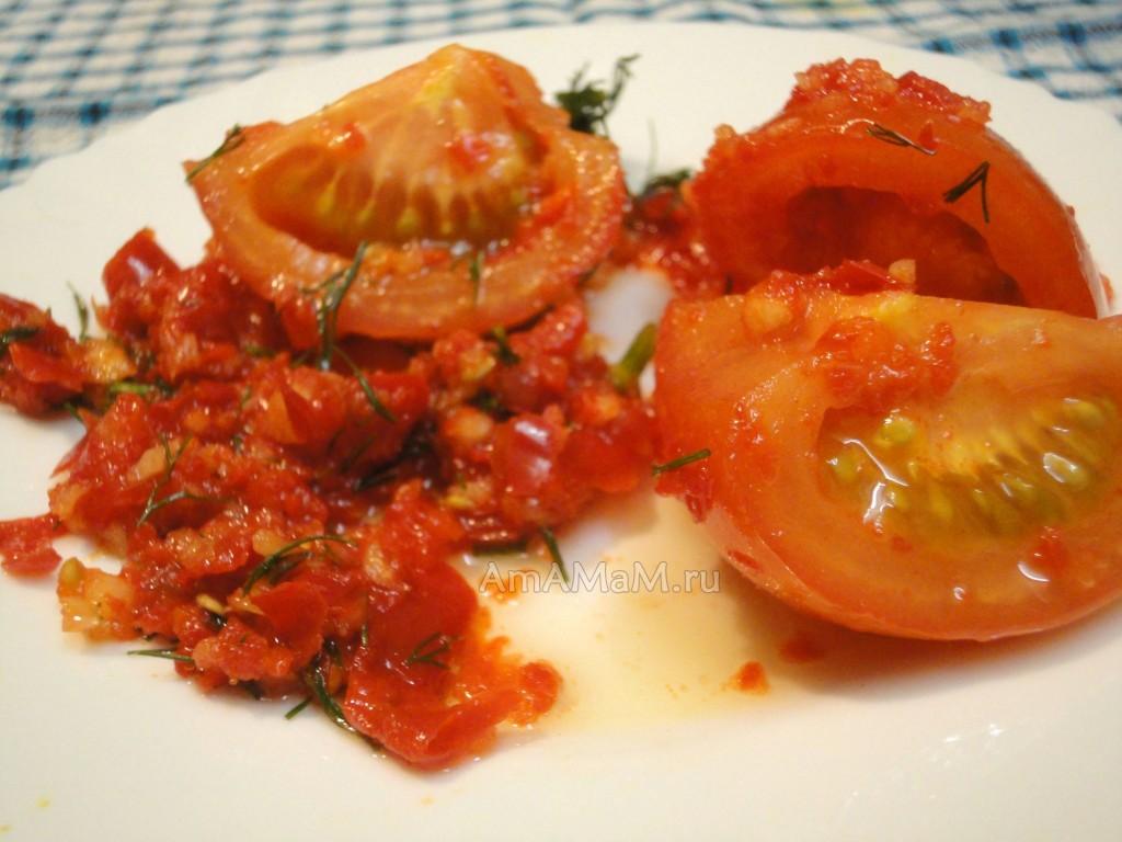 Острые вкусные помидоры по-корейски