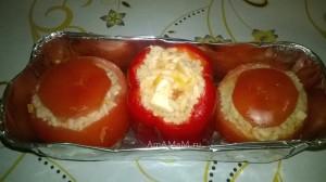Фаршированные перцы и помидоры - рис и кальмары, греческий рецепт