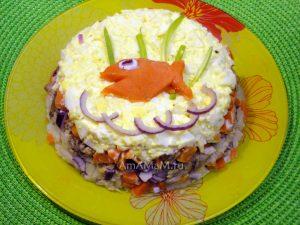 Рецепт вкусного салата из консервированной рыбы