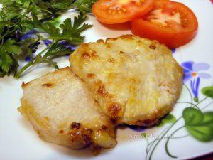 Отбивные из свинины в сахаре и сыре