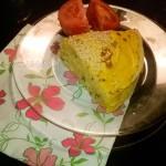 Пирог из блинов с морковкой, начинка - из сыра с зеленью и чесноком