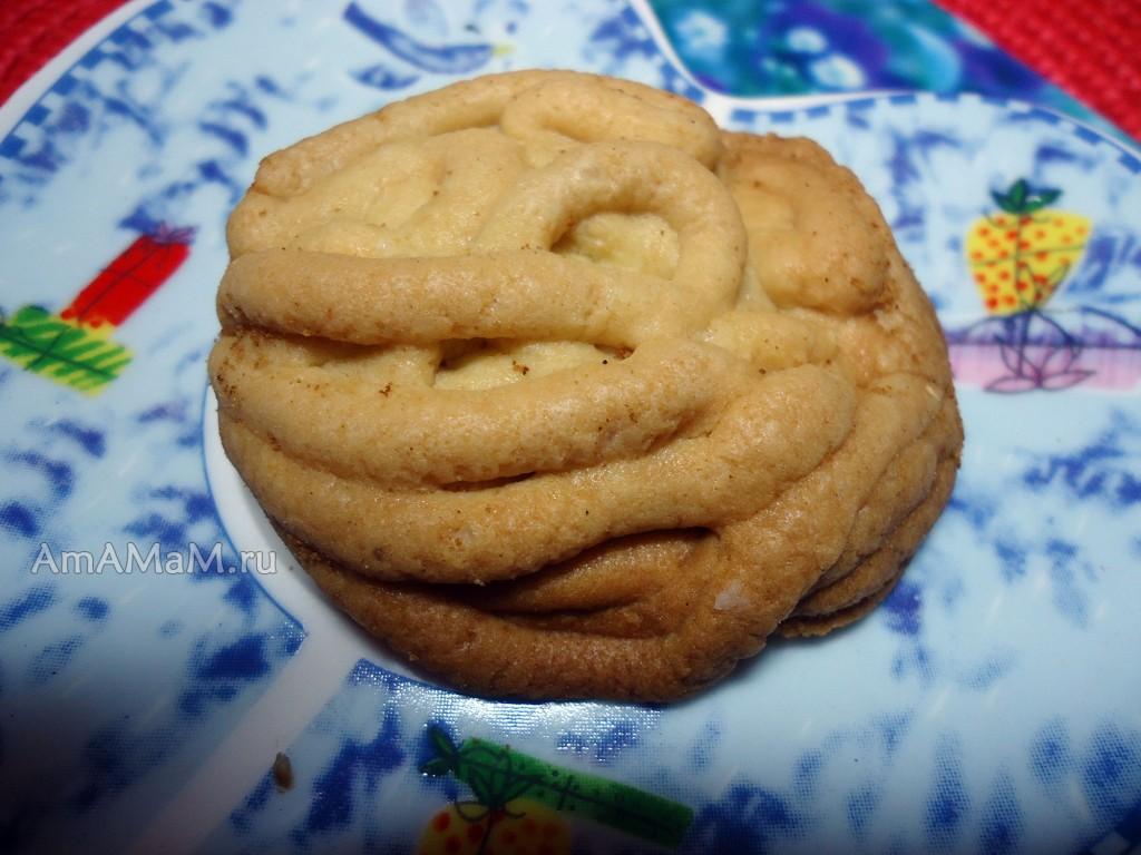 Традиционный рецепт рассыпчатого домашнего печенья через мясорубку
