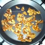 Способ приготовления салата с грецкими орехами (из капусты)