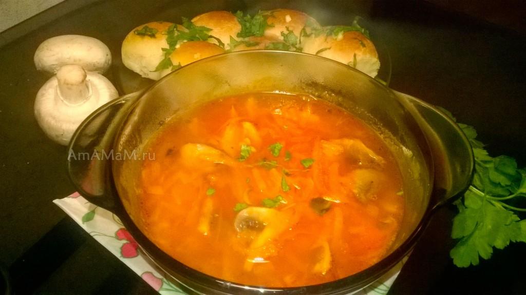 Вкусный постный суп - украинский борщ с грибами (шампиньонами) и пампушки