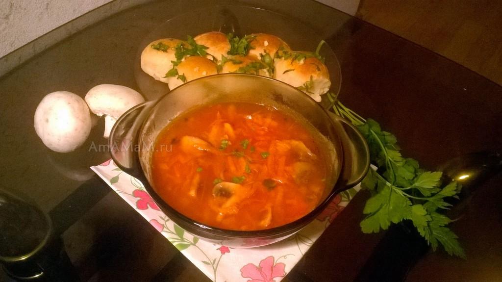Украинский борщ без мяса - рецепт на воде с грибами и рецепт пампушек
