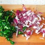 Постные блюда греческой кухни - салат из фасоли с зеленью