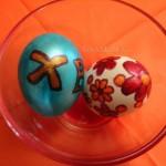 Рисование на пасхальных яйцах - фото
