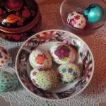 Роспись пасхальных яиц пищевыми фломастерами