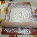 На чем раскатать слоеное тесто для выпечки печенья - рецепт