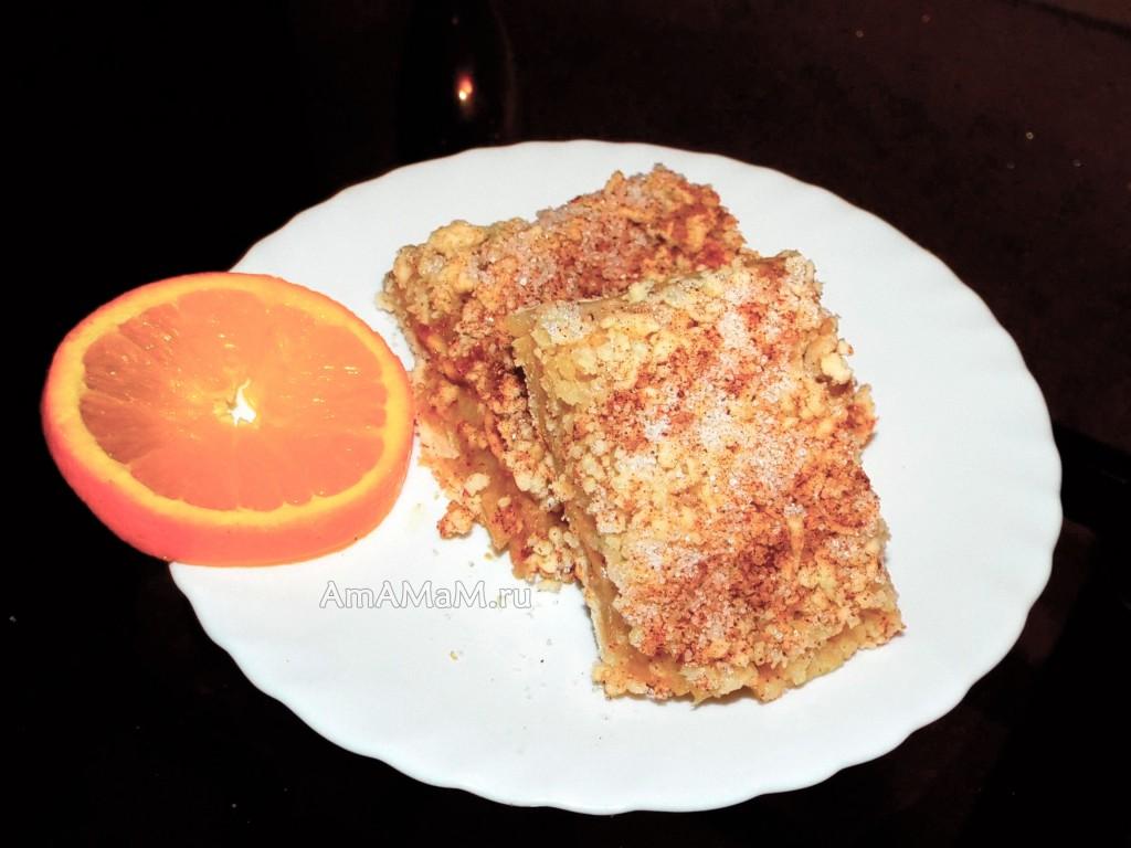 Рецетп тертого пирога с яблоками и пошаговые фото