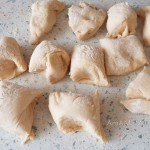 Приготовления пирожков с горохом - рецепт с фото