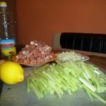 Рецепт блюда из сельдерея со свининой с фото