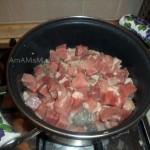 Рецепт рагу из свинины и стеблей сельдерея по-гречески