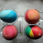 Покраска яиц - фото