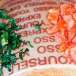 Фасоль с морковкой, сельдереем в томате