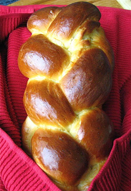 Приготовление плетеного хлеба - способы плетения и рецепт
