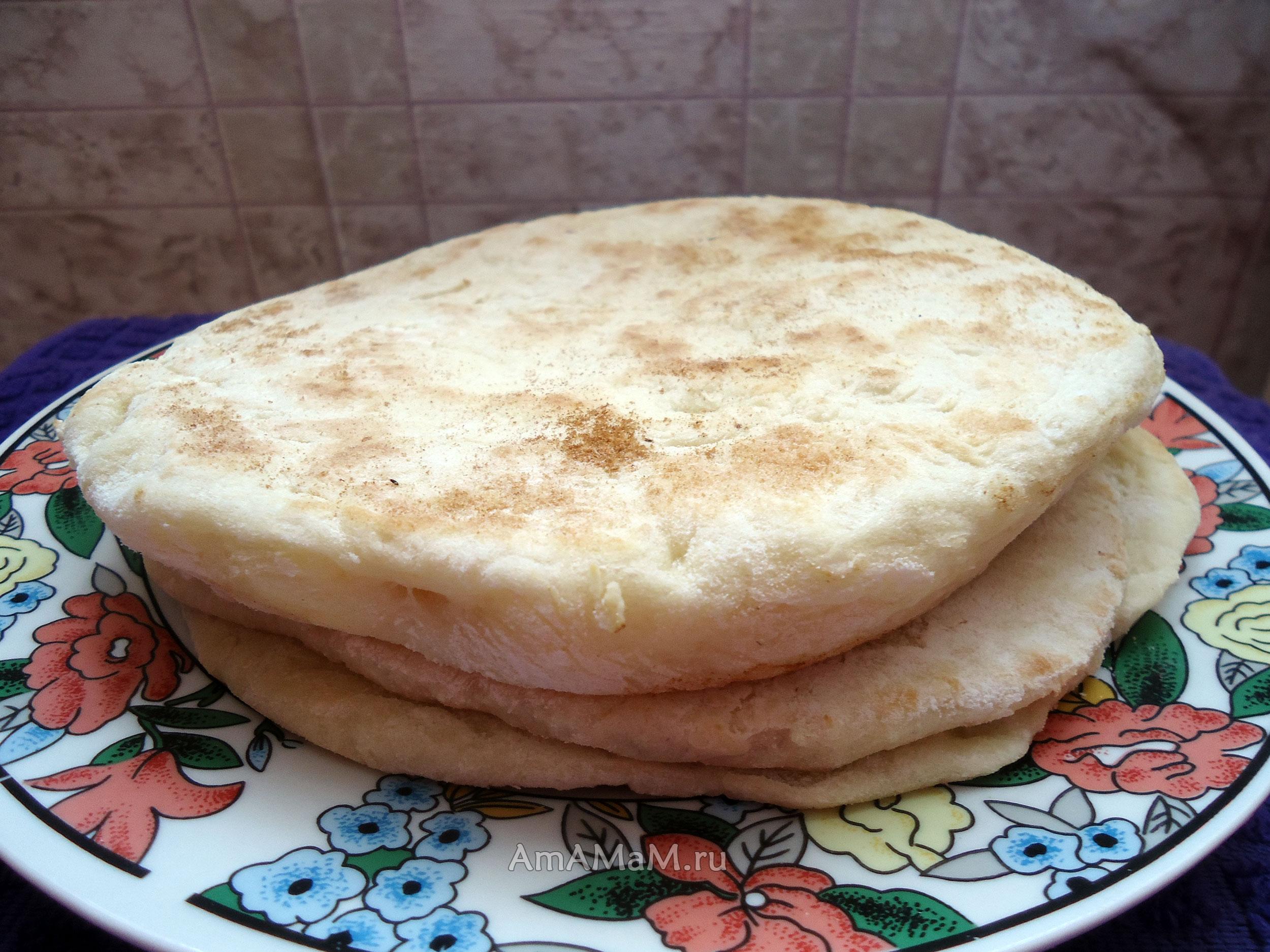 Узбекские лепешки без дрожжей на воде на сковороде