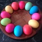 Как покрасить яйца - фото