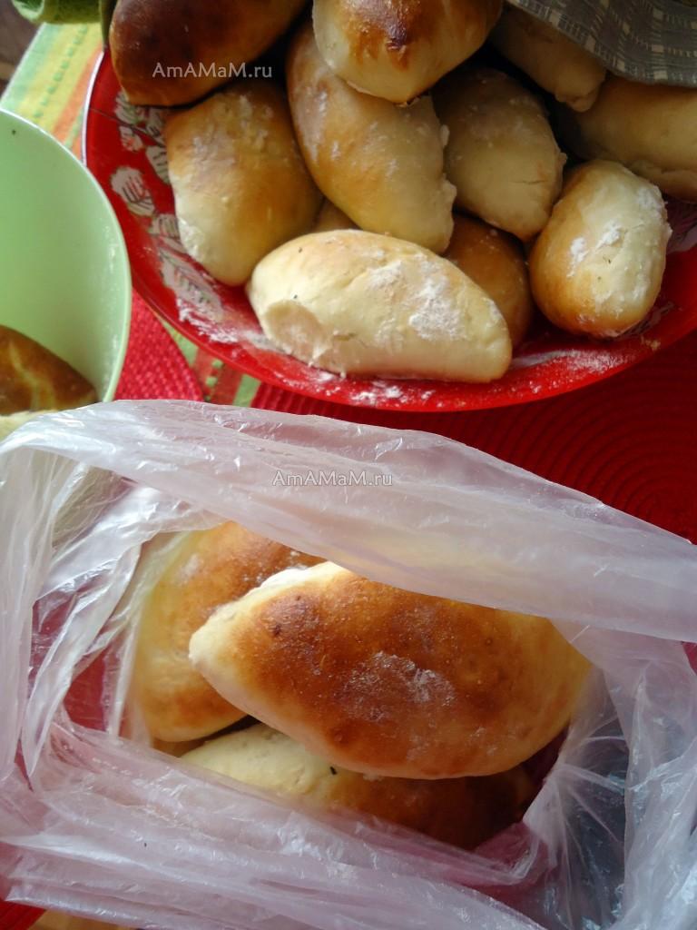 Рецепт домашних пирожков из простого теста