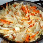 Простые пирожки с капустой - этапы приготовления