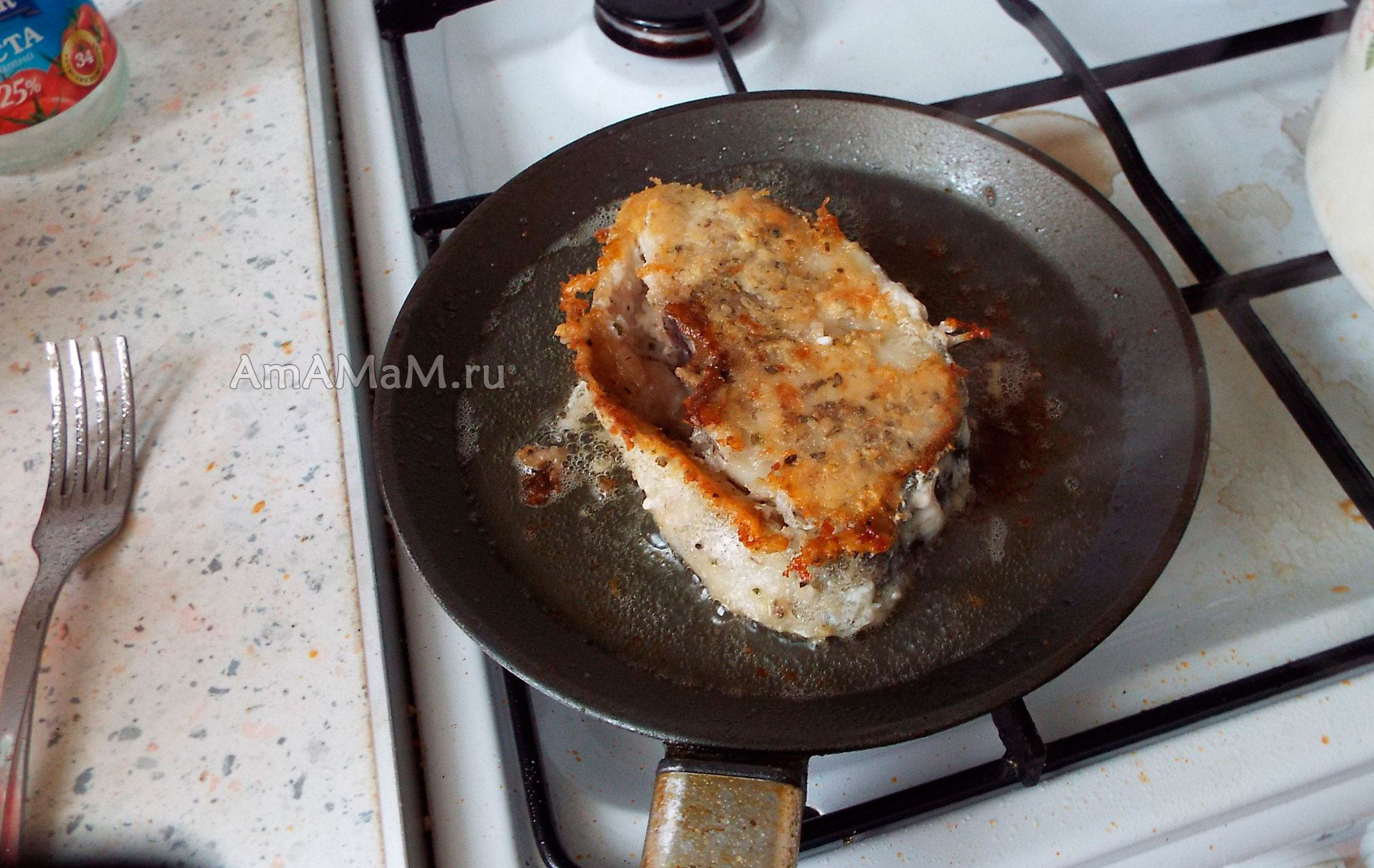 Как приготовить стейки треску на сковороде