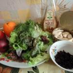Ингредиенты салата с кальмарами в консервах