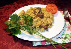 Приготовление плова из риса и булгура с бараньим фаршем