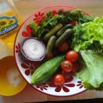 С чем сделать салат из помидоров - рецепт