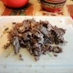 Варим щи с крапивой - рецепт с говяжьими котсочками