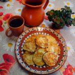 Оладьи из кабачков (с сыром и чесноком)