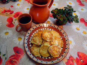 Как готовят кабачковые оладьи - рецепт с фото