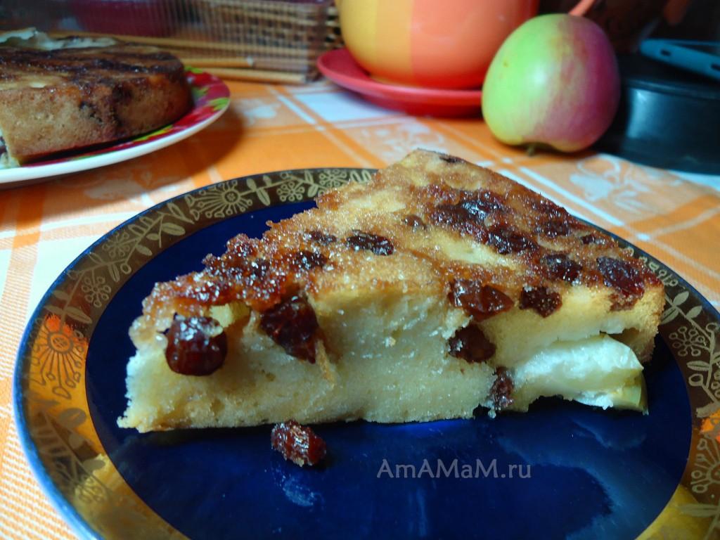 Простой рецепт пирога из яблок и из.юма