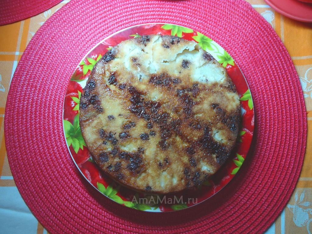 Что испечь с яблоками - простой пирог с изюмом