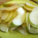 Фото нарезаки яблок для запекания свинины в духовке