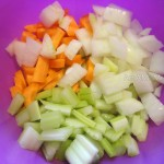 Овощная нарезка для поджарки в суп-лапшу