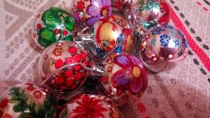Блестящие елочные шары - роспись акрилом