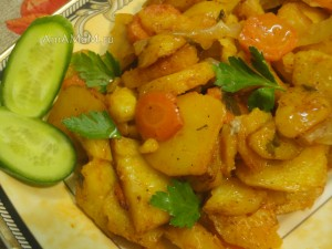 Тушеная картошка в духовке в томате