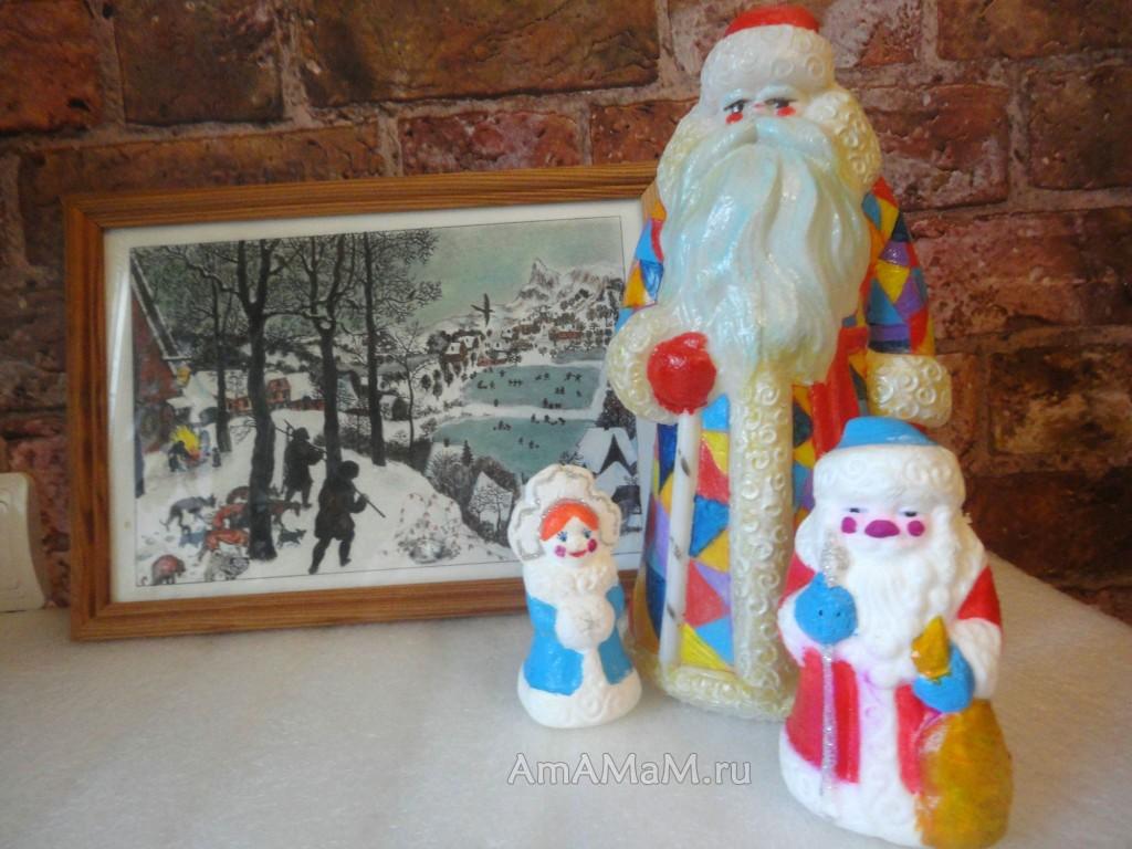 Раскраска новогодних елочных игрушек - фото и способы