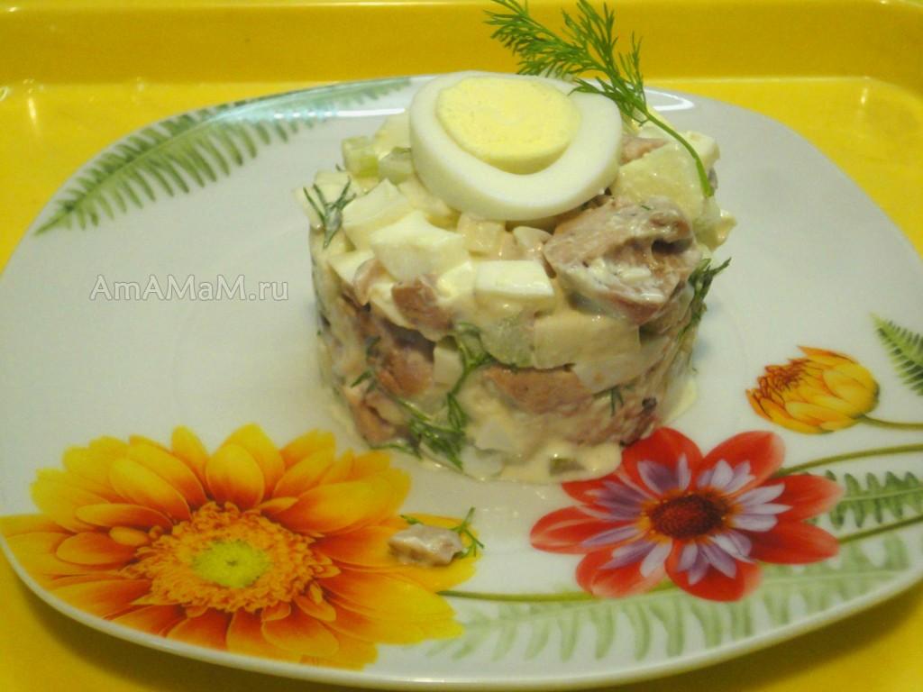 Что положить в салат из печени трески - вариант состава