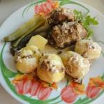 Грибное блюдо с уткой под сметанным соусом