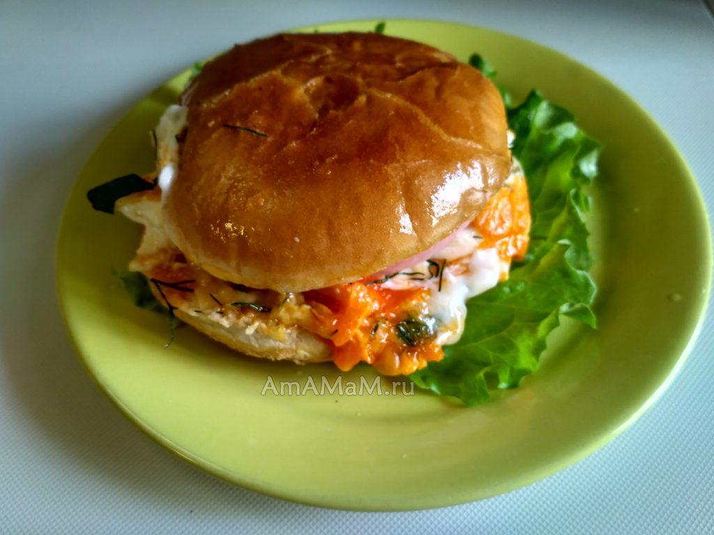 Сочный и вкусный домашний гамбургер - простой рецепт