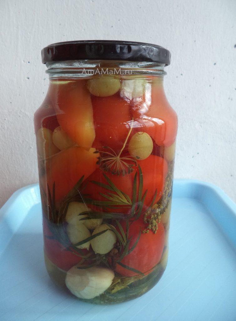 Консервирование помидоров с виноградом - рецепт