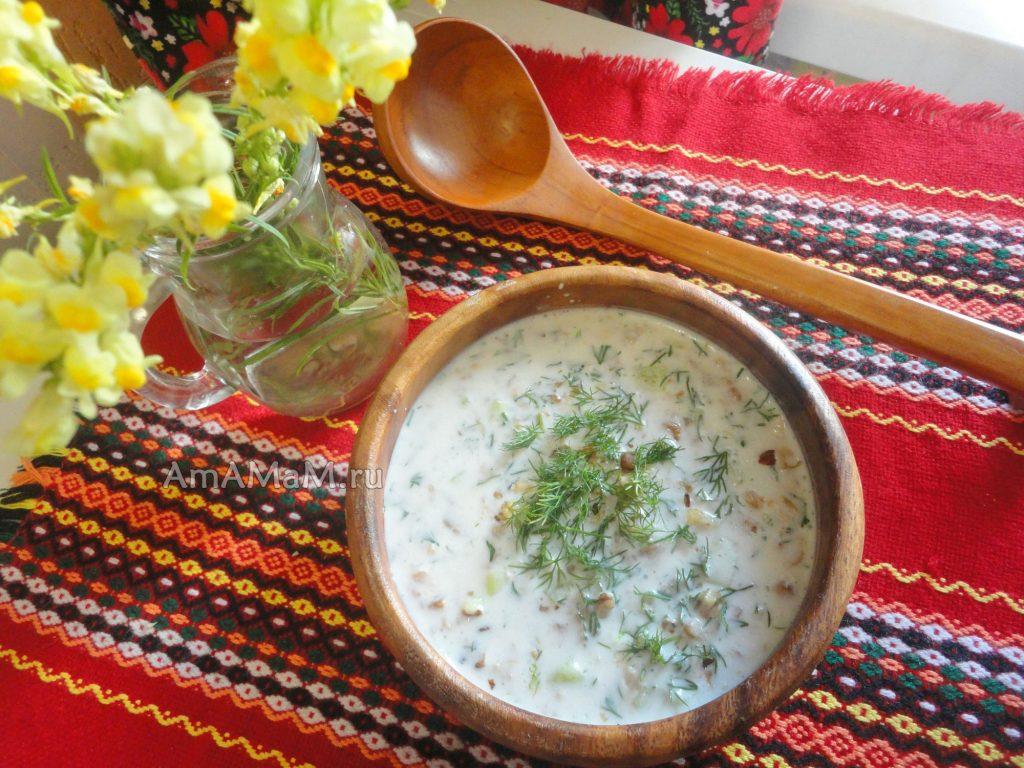 Окрошка на йогурте - рецепт с фото