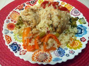 Курица в банке в духовке с овощами и рисом - рецепт