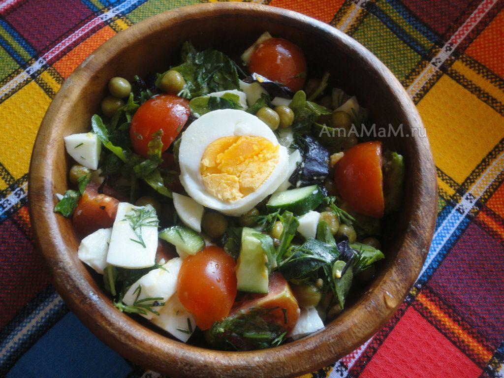 Что кладут в салаты с рукколой - рецепт