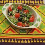 Рецепт и фото салата с рукколой, сыром и помидорами